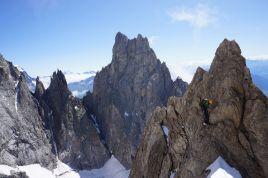 Innominata ridge (D+:5c:M2 3220m), Mt Blanc 1