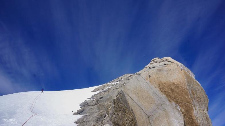 140128_125938_amy-route-5bm370c2b0-300m-aiguilla-guillaumet-el-chalten-argentina
