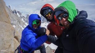 140128_135409_olivier-logan-and-kivik-aiguilla-guillaumet-summit-el-chalten-argentina